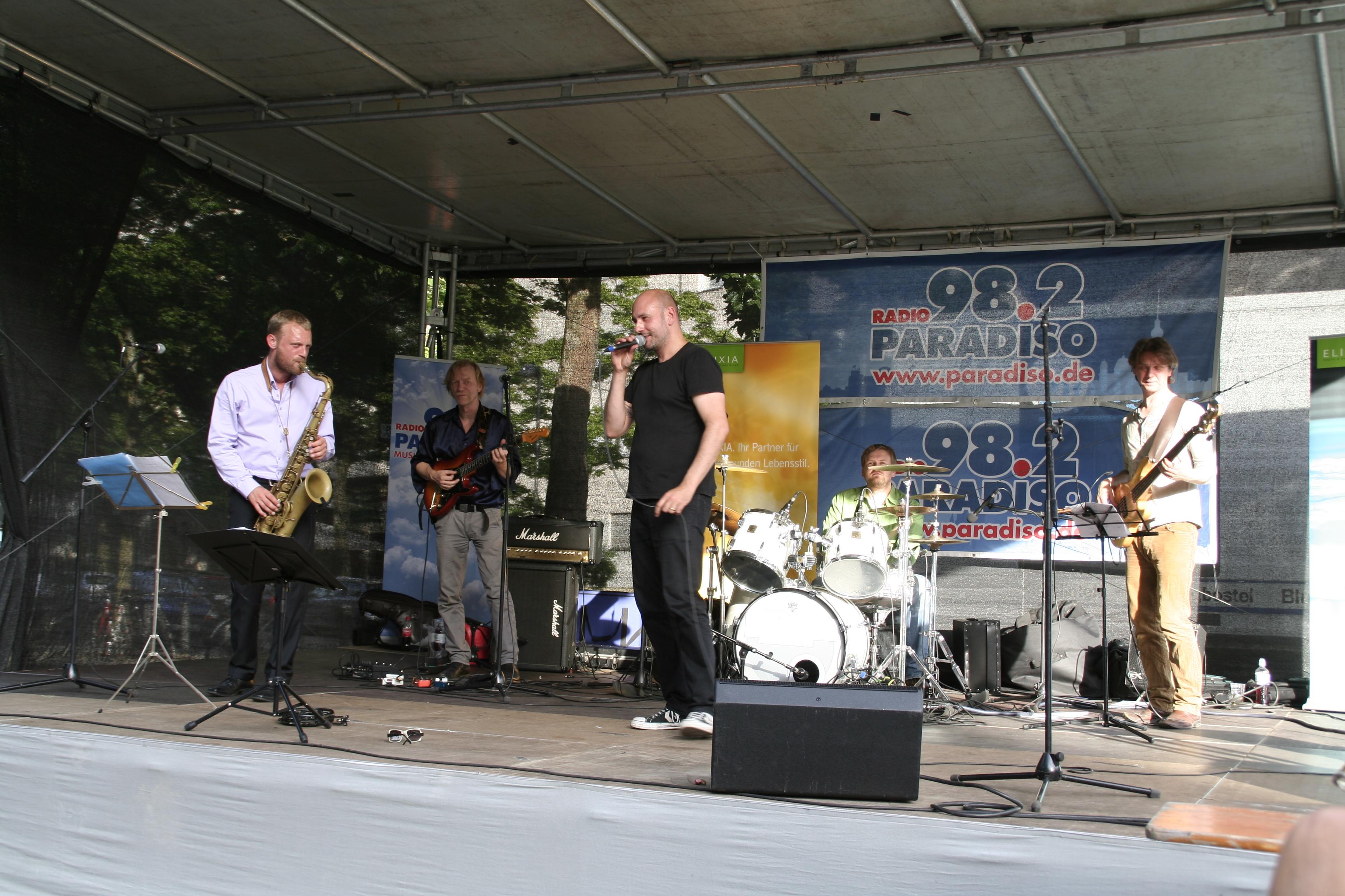 SoulFedertion auf dem Prager Platz